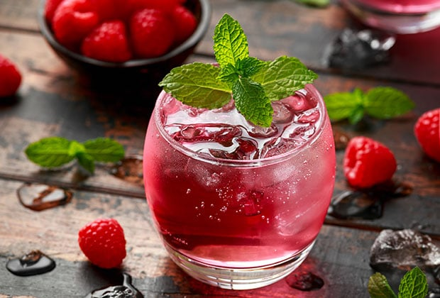Raspberry mint wine spritzers