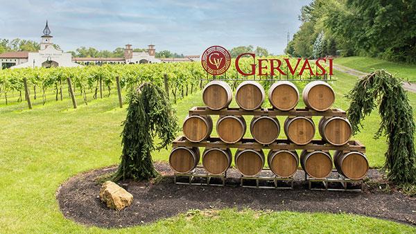 Gervasi Vineyard Photo Opportunities Barrell Wall